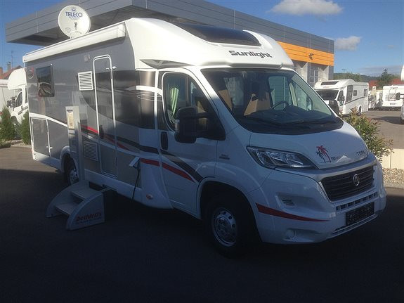 Sunlight T69 L Nordic 10 years edition Husbil-halvintegrerad, 595000 kr,  mil
