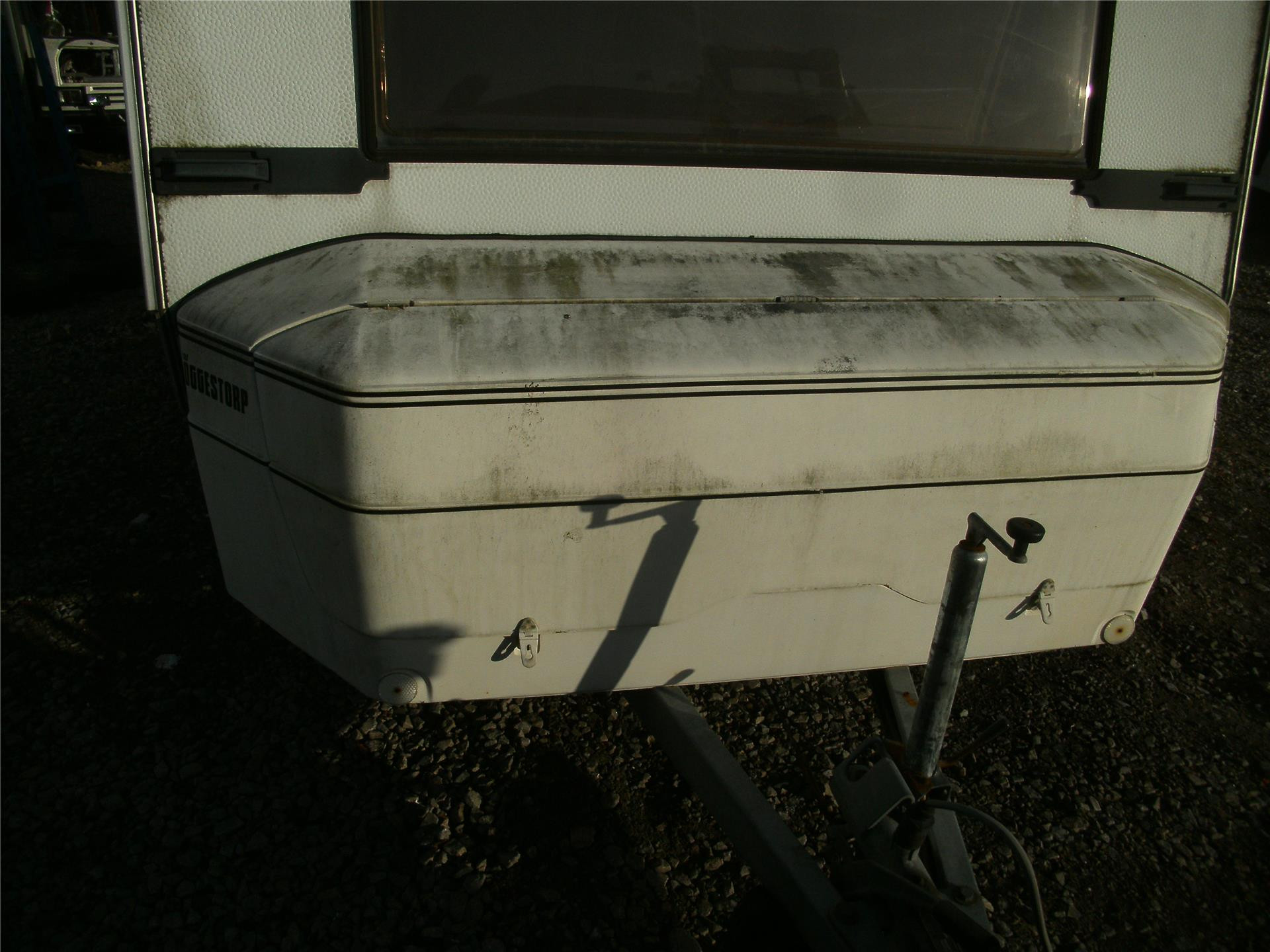 H283208